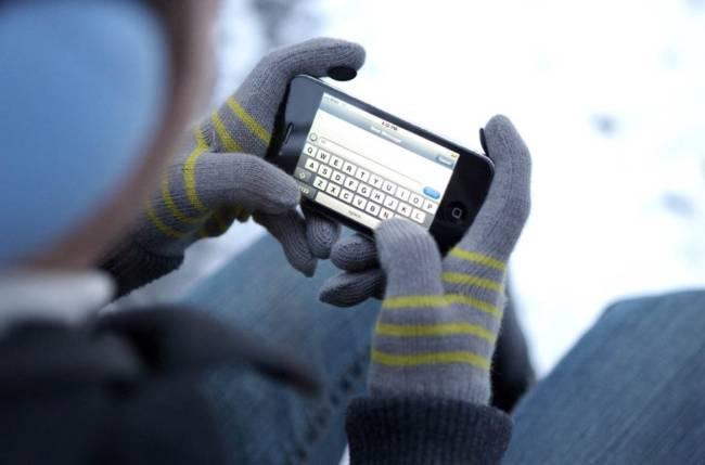 использование телефона на морозе