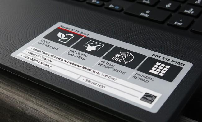 Информация о лэптопе на передней панели