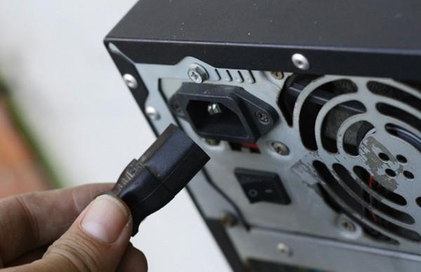 Отсоединить кабеля