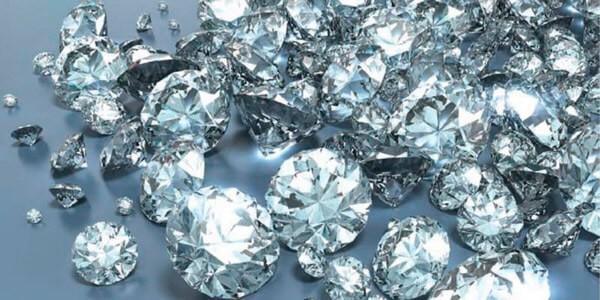 Много алмазов