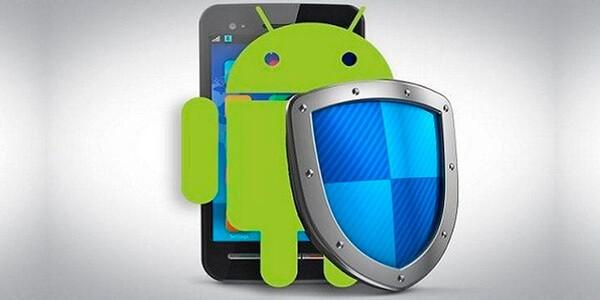 Андроид со щитом