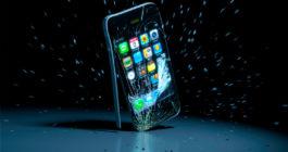 Стекло или плёнка – что эффективней убережёт экран смартфона от повреждения