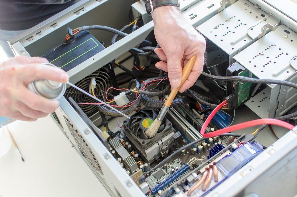 чистить компьютер от пыли