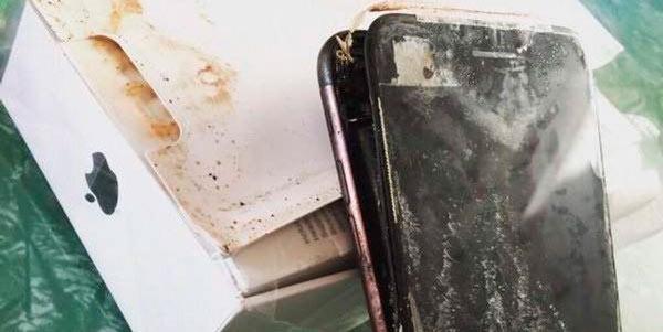 вот так выглядит айфон 7 после взрыва