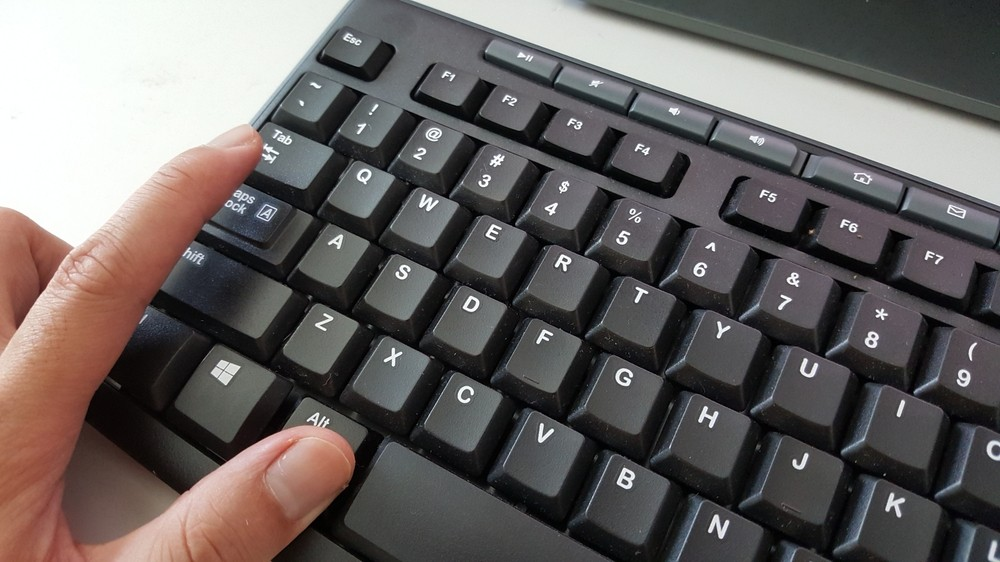 клавиша Tab