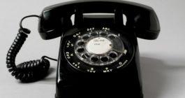 Кто и зачем все еще пользуется домашними телефонами: 5 причин и преимущества