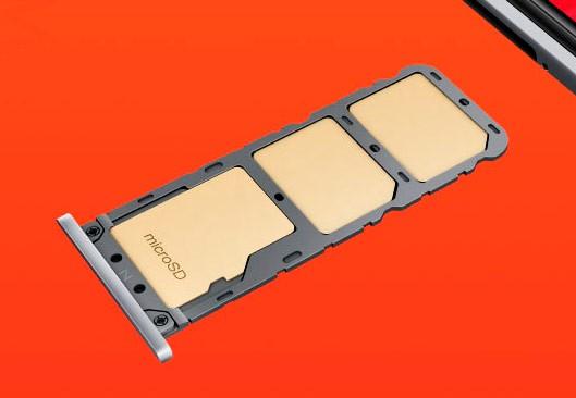 Слот для карты памяти и SIM в Редми S2