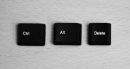 Билл Гейтс изначально скрывал самую знаменитую комбинацию клавиш Ctrl + Alt + Del