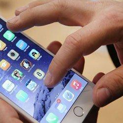 Смартфоны будут заряжаться от прикосновений к экрану