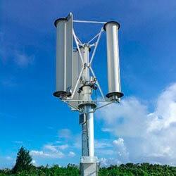 Японец создал проект обеспечения страны электричеством с помощью тайфунов